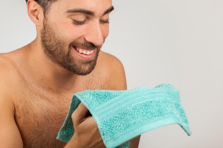 L'eau micellaire, un nettoyage en douceur?